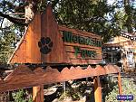 Mountain Paws pets supplies and gifts in Idyllwild California has a great selection of humorous and useful gifts for pet lovers.