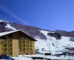 Enjoy the convenience of skiing from your own room directly to the lifts in our ski in/out rooms!