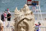 Look at the detail in this sand sculpture headdress!