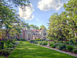 Salisbury House and Gardens is a 42-room mansion built in the 1920s. Catch original art, rare books and worldly furnishings.