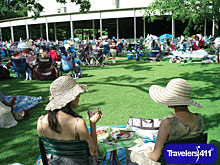 Tanglewood lawn (Photography: Stu Rosner)
